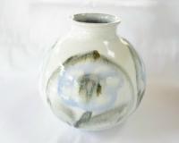 藁灰釉花文花瓶
